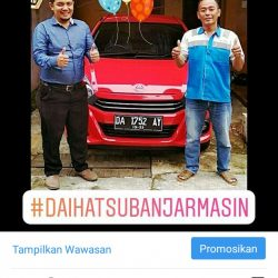 Foto Penyerahan Unit 4 Sales Marketing Mobil Dealer Daihatsu Zai