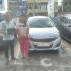 Foto Penyerahan Unit 5 Sales Marketing Mobil Dealer Daihatsu Jambi Rici