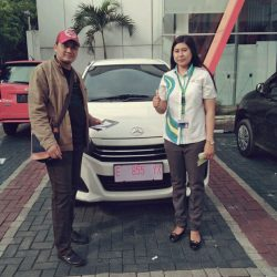 Foto Penyerahan Unit 5 Sales Marketing Mobil Dealer Daihatsu Kuningan Dika