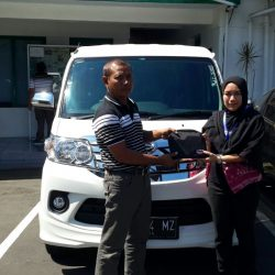 Foto Penyerahan Unit 9 Sales Marketing Mobil Dealer Daihatsu Tasikmalaya Lica