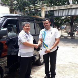 Foto Penyerahan Unit 1 Sales Marketing Mobil Dealer Daihatsu Tanjung Priok Yandri