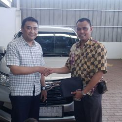 Foto Penyerahan Unit 11 Sales Marketing Mobil Dealer Daihatsu Tanjung Priok Yandri