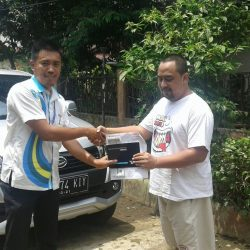 Foto Penyerahan Unit 8 Sales Marketing Mobil Dealer Daihatsu Tubagus