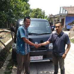 DO 3 Sales Marketing Mobil Dealer Daihatsu Aris