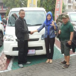 DO 1 Sales Marketing Mobil Dealer Daihatsu Dessy