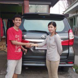 DO 2 Sales Marketing Mobil Dealer Daihatsu Dessy