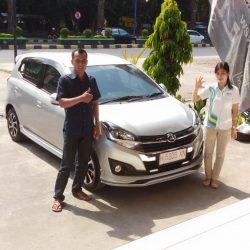 DO 9 Sales Marketing Mobil Dealer Daihatsu Dessy