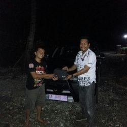 Foto Penyerahan Unit 1 Sales Marketing Mobil Dealer Daihatsu Banjarnegara Agung