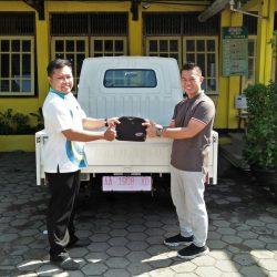 Foto Penyerahan Unit 1 Sales Marketing Mobil Dealer Daihatsu Purworejo Sigit