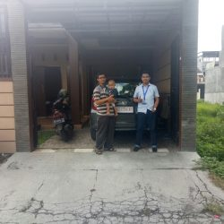 Foto Penyerahan Unit 10 Sales Marketing Mobil Dealer Daihatsu Haidar
