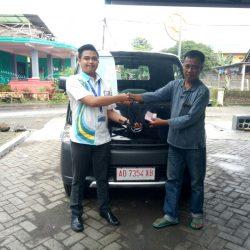 Foto Penyerahan Unit 11 Sales Marketing Mobil Dealer Daihatsu Haidar