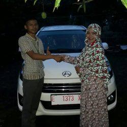 Foto Penyerahan Unit 11 Sales Marketing Mobil Dealer Daihatsu Indramayu Rohendi