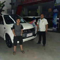 Foto Penyerahan Unit 11 Sales Marketing Mobil Dealer Daihatsu Purworejo Sigit