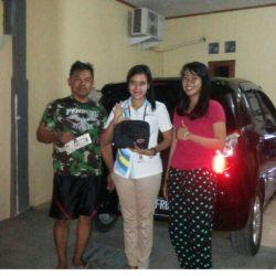 Foto-Penyerahan-Unit-16-Sales-Daihatsu-Cikarang-Atau-Marketing-Daihatsu-Cikarang-Ida-Rosidah