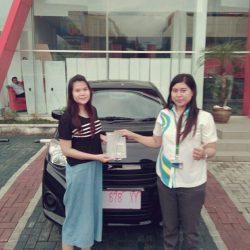 Foto Penyerahan Unit 4 Sales Marketing Mobil Dealer Daihatsu Kuningan Dika
