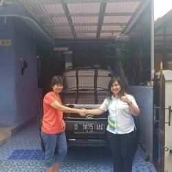Foto Penyerahan Unit 6 Sales Marketing Mobil Dealer Daihatsu Cimahi Peby