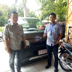 Foto Penyerahan Unit 7 Sales Marketing Mobil Dealer Daihatsu Haidar