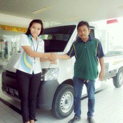 Foto-Penyerahan-Unit-8-Sales-Daihatsu-Cikarang-Atau-Marketing-Daihatsu-Cikarang-Ida-Rosidah