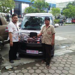 Foto Penyerahan Unit 8 Sales Marketing Mobil Dealer Daihatsu Purworejo Sigit