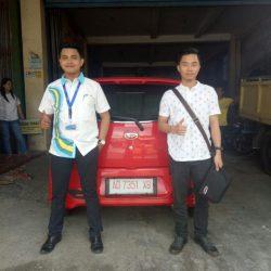 Foto Penyerahan Unit 9 Sales Marketing Mobil Dealer Daihatsu Haidar
