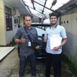 Foto Penyerahan Unit 9 Sales Marketing Mobil Dealer Daihatsu Lenteng Agung Ari