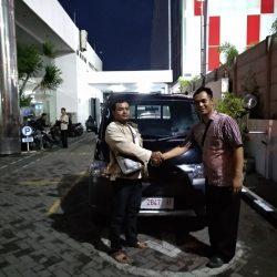 Foto Penyerahan Unit 9 Sales Marketing Mobil Dealer Daihatsu Nursah