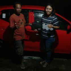Foto Penyerahan Unit Sales Marketing Mobil Dealer Daihatsu Klaten Yuni (1)