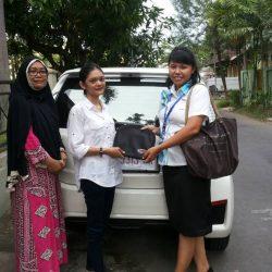 Foto Penyerahan Unit Sales Marketing Mobil Dealer Daihatsu Klaten Yuni (55)