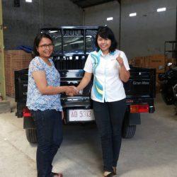 Foto Penyerahan Unit Sales Marketing Mobil Dealer Daihatsu Klaten Yuni (59)