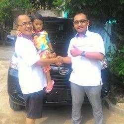 Foto Penyerahan Unit 5 Sales Marketing Mobil Dealer Daihatsu Depok Alan