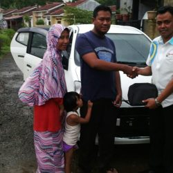 Foto Penyerahan Unit 5 Sales Marketing Mobil Dealer Daihatsu Tanjung Priok Yandri
