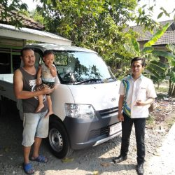DO 1 Sales Marketing Mobil Dealer Daihatsu Aris