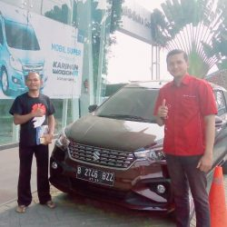 DO 3 Sales Marketing Mobil Dealer Suzuki Angga