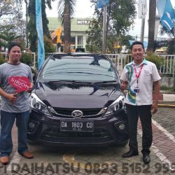 DO 4 Sales Marketing Mobil Dealer Daihatsu Hari