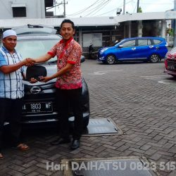 DO 6 Sales Marketing Mobil Dealer Daihatsu Hari